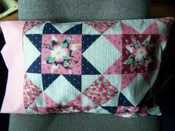 TRAVEL SIZE PILLOW CASE COUNTRY CHIC QUILT PATTERN, PRETTY P